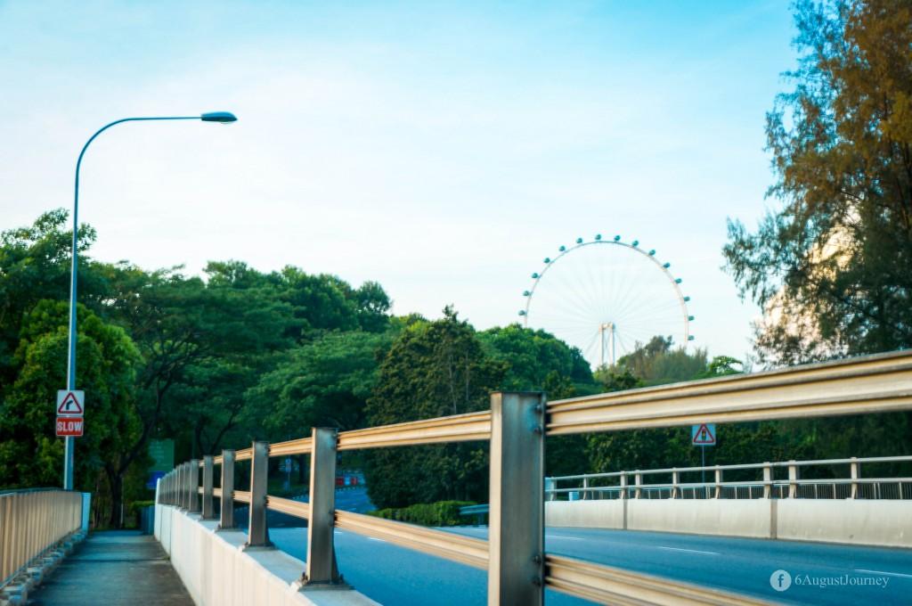 Singapore Flyer (ชิงช้าสวรรค์สิงคโปร์)