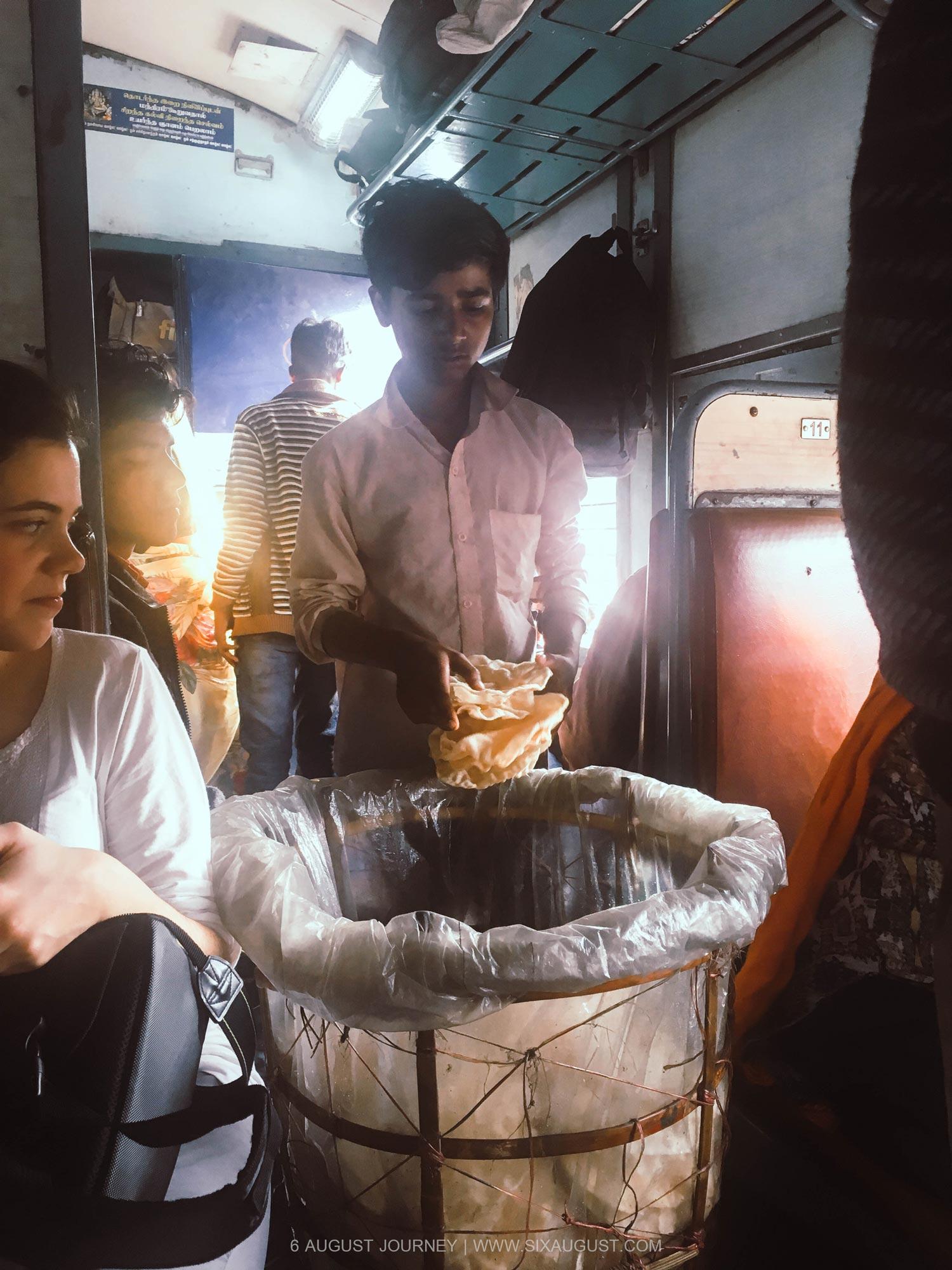 ข้าวเกรียบรถไฟอินเดีย