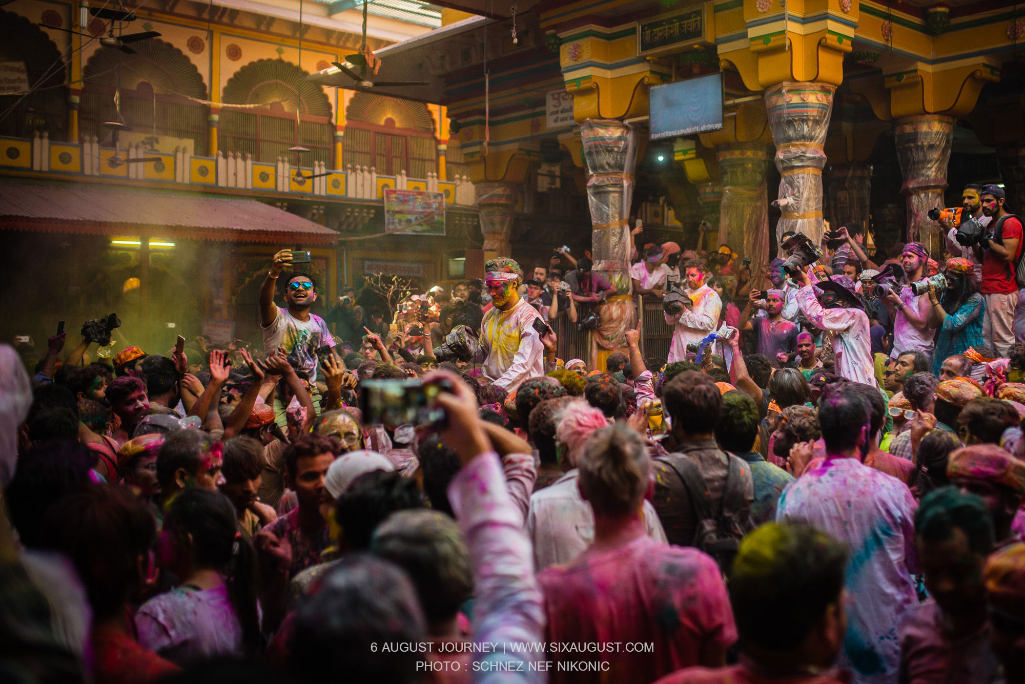 สีเต็มตัว เทศกาล Holi