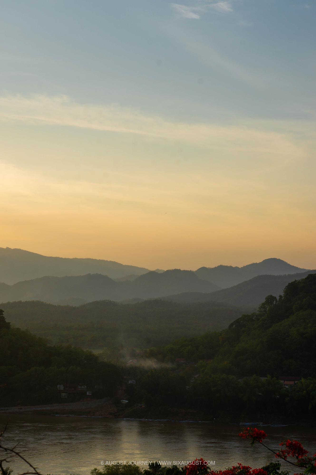 พระอาทิตย์ตกที่ หลวงพระบาง ที่เที่ยว