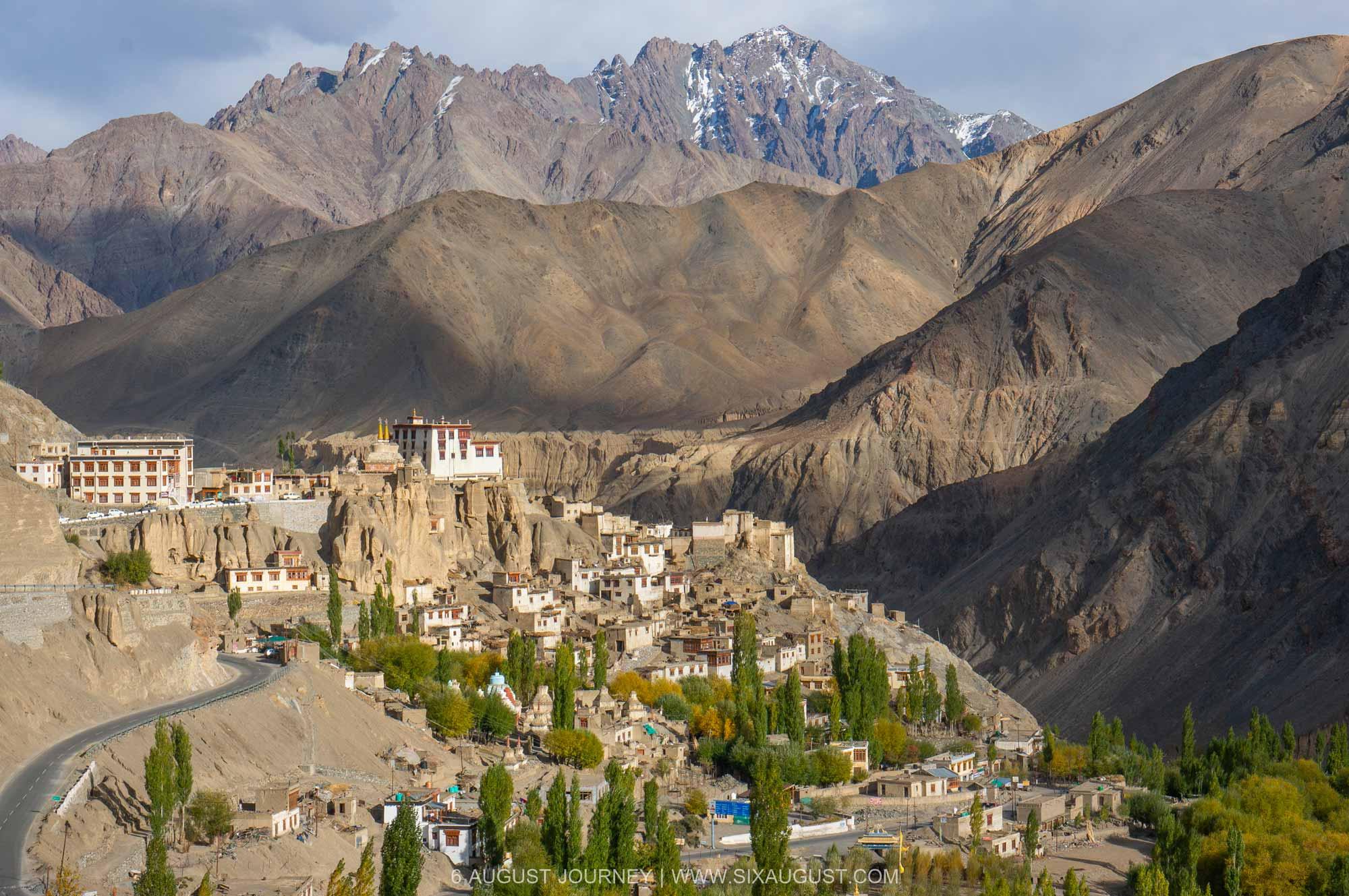 วิวรอบ Lamayuru Monastery คือ