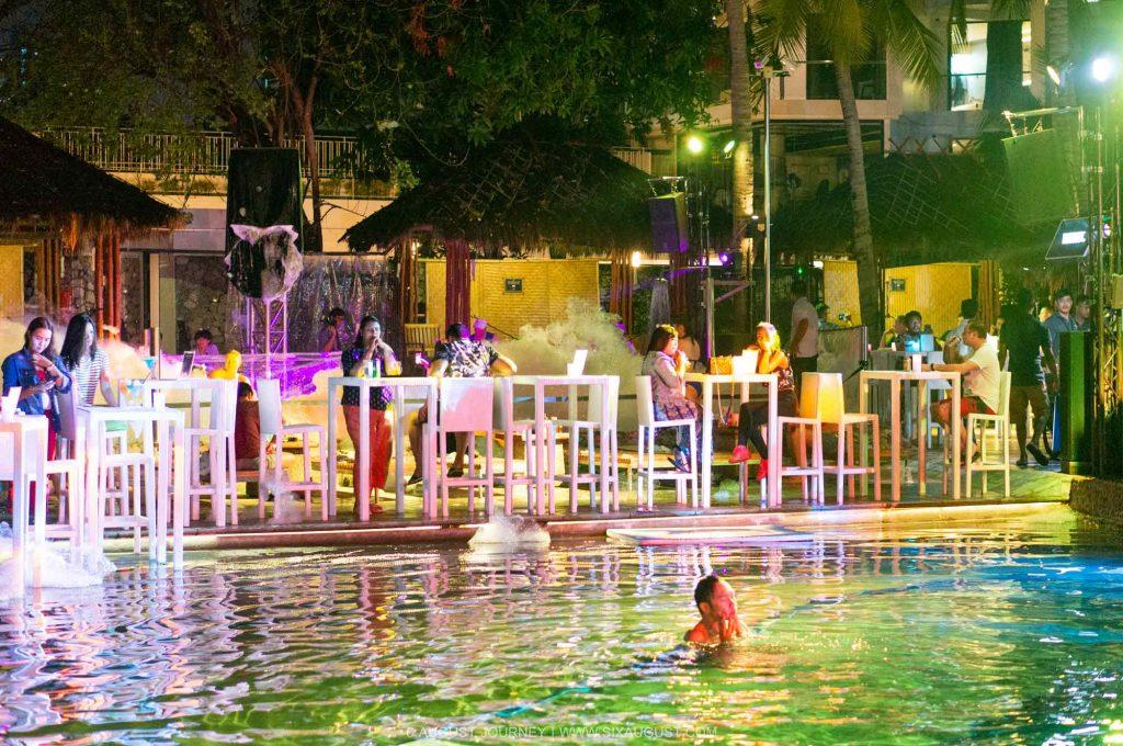 Pool Party ปาร์ตี้โฟมพัทยา