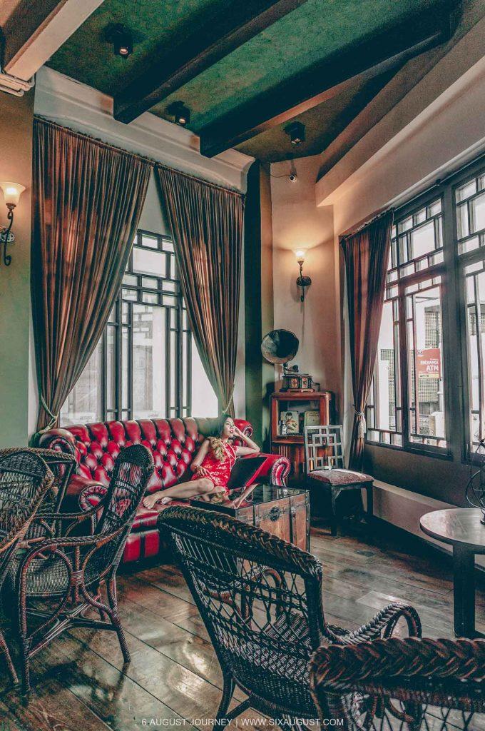 นั่งรอใคร Shanghai Mansion