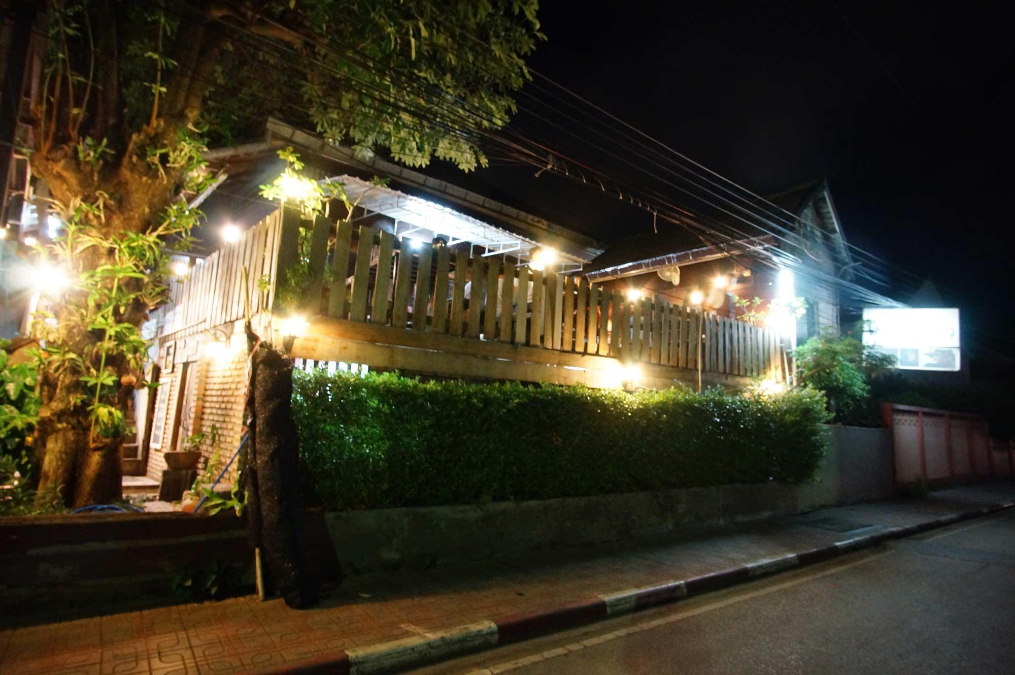 ร้านข้าวต้มอร่อยบาทเดียว ที่เที่ยวลำปาง