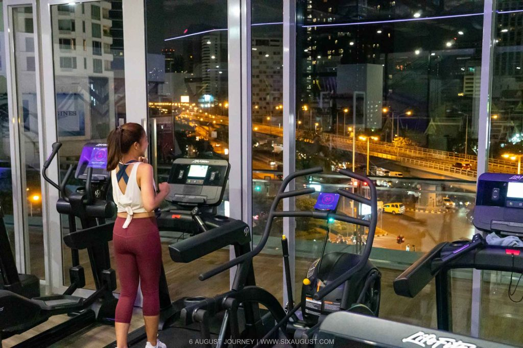 รีวิว Celebrity Fitness
